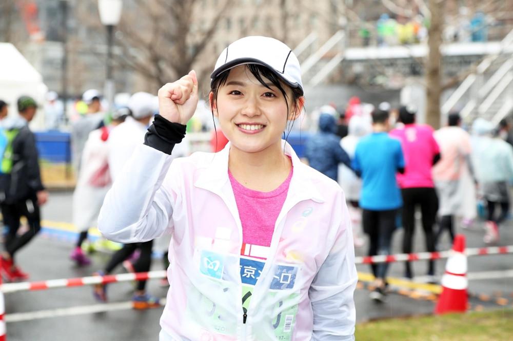 マラソンの尾崎アナ
