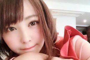 橋本甜歌の経歴