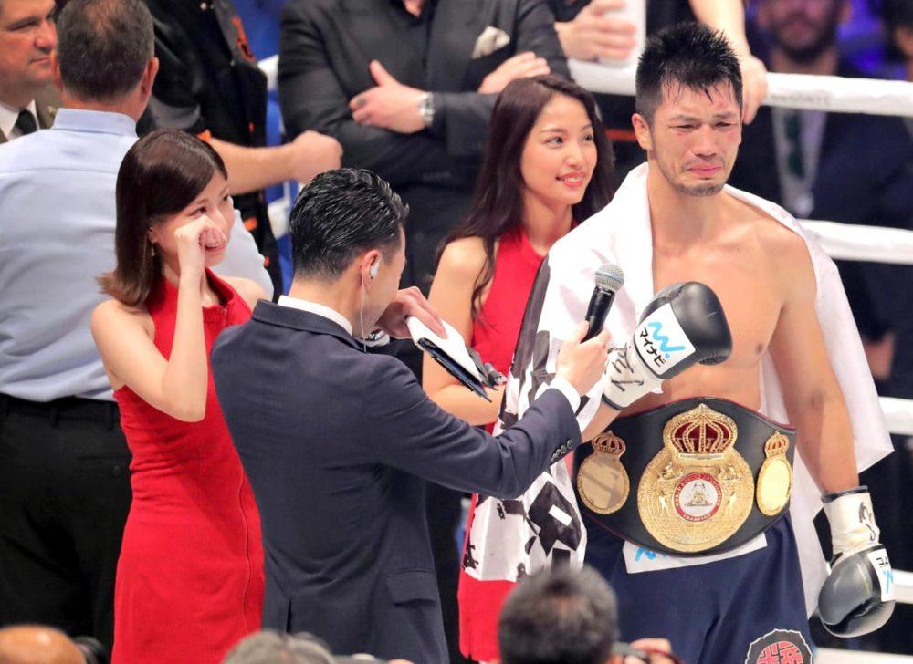 ボクシングのラウンドガール