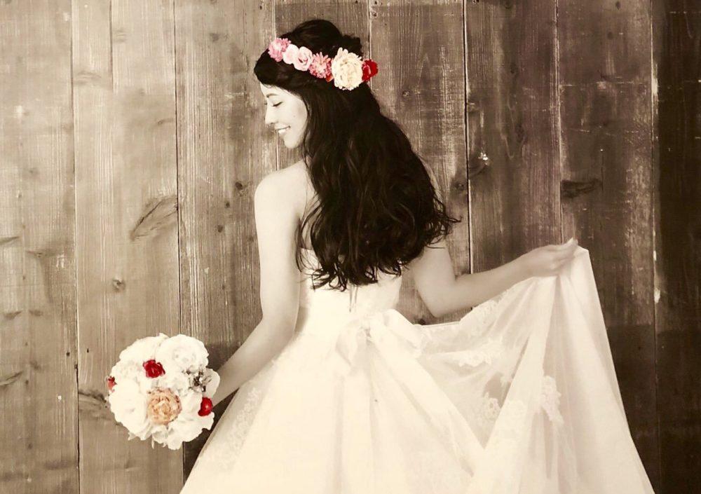 倉持明日香の結婚ドレス