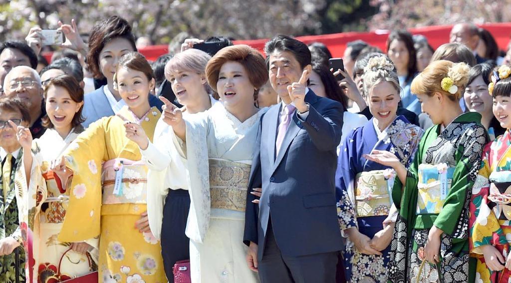 桜を見る会に参加した芸能人