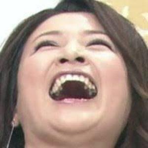 島崎和歌子の笑い方