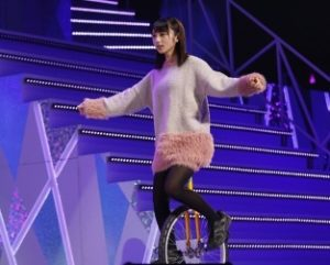 一輪車の与田祐希