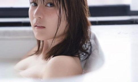 21歳の生田絵梨花の胸の大きさ